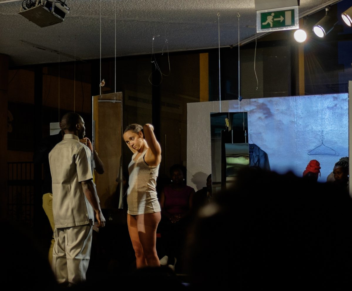 Syowia Kyambi, Double Consciousness (Performance and Installation), Alliance Francaise, Nairobi. Photo courtesy of IfeOluwa Nihinlola