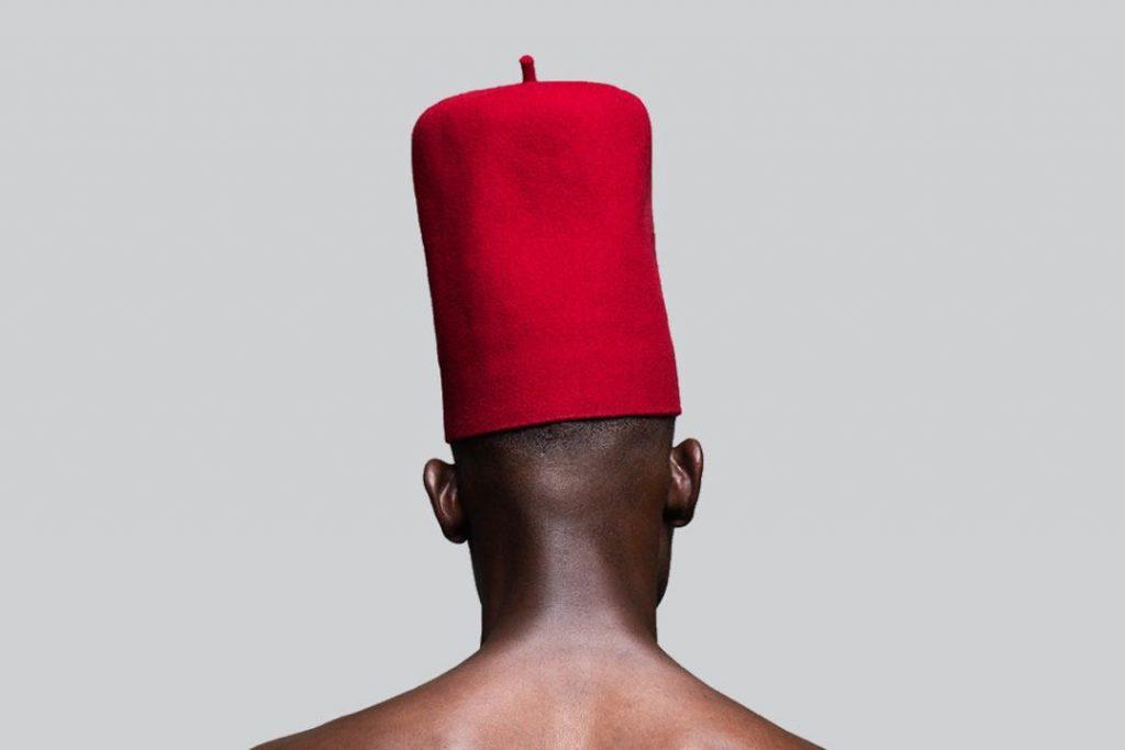 Lakin Ogunbanwo, LET IT BE (2016), Archival Ink Jet Print on Hahnemuhle Photo Rag, 119 x 79.5 cm. Courtesy, Niki Cryan Gallery
