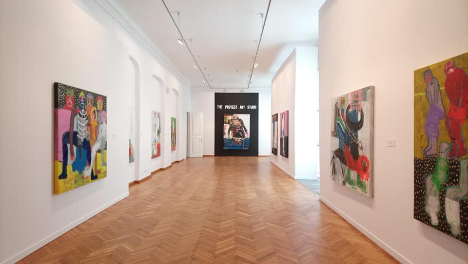 Installation View: Bob-Nosa Uwagboe Transit exhibition. Image courtesy of the artist.