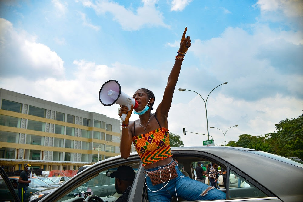 Image from the #EndSARS protests captured by David Exodus. Source: ART X Lagos
