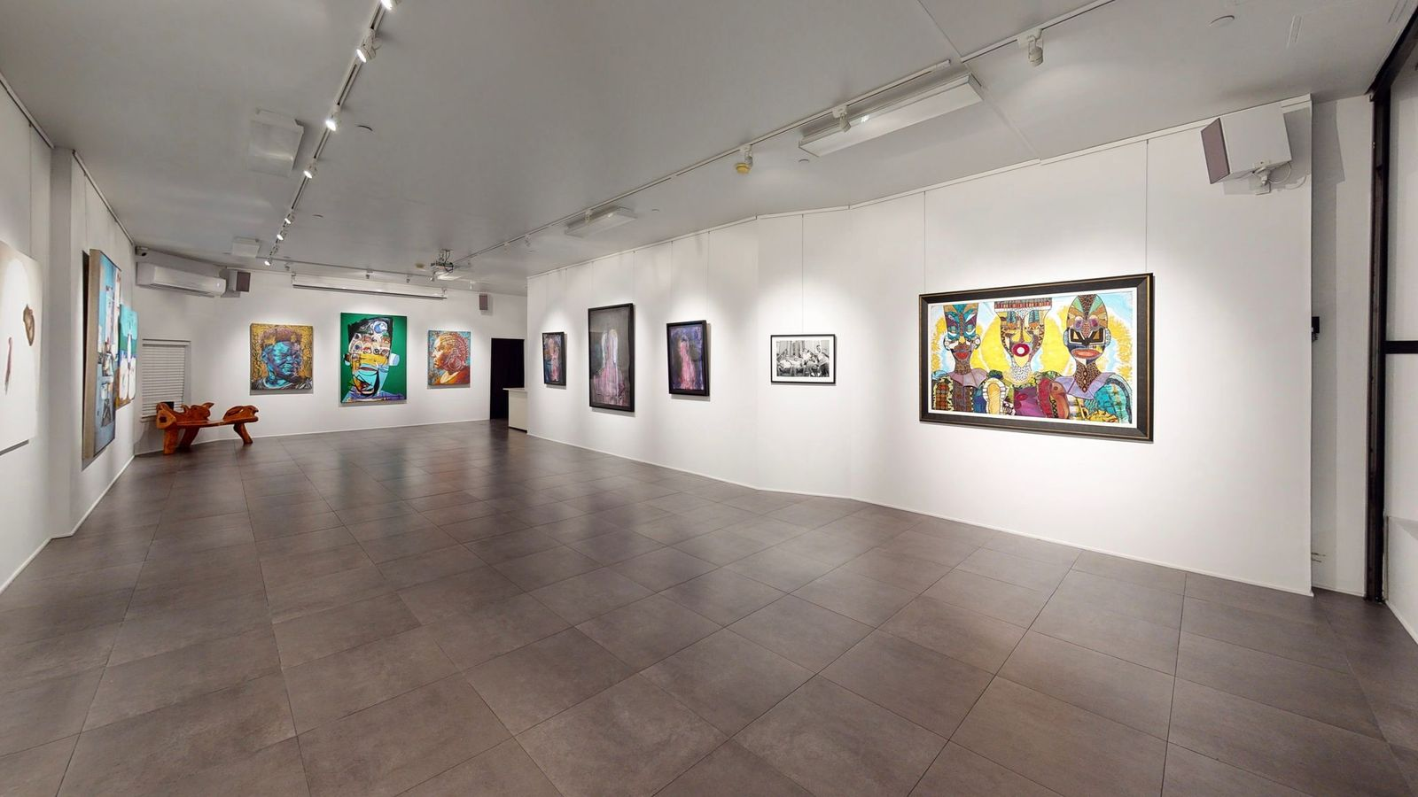 """Installation view of """"Wealth Surrounds Me: God, Gold & Kinfolk"""", 2020. Courtesy of Richard Beavers Gallery"""