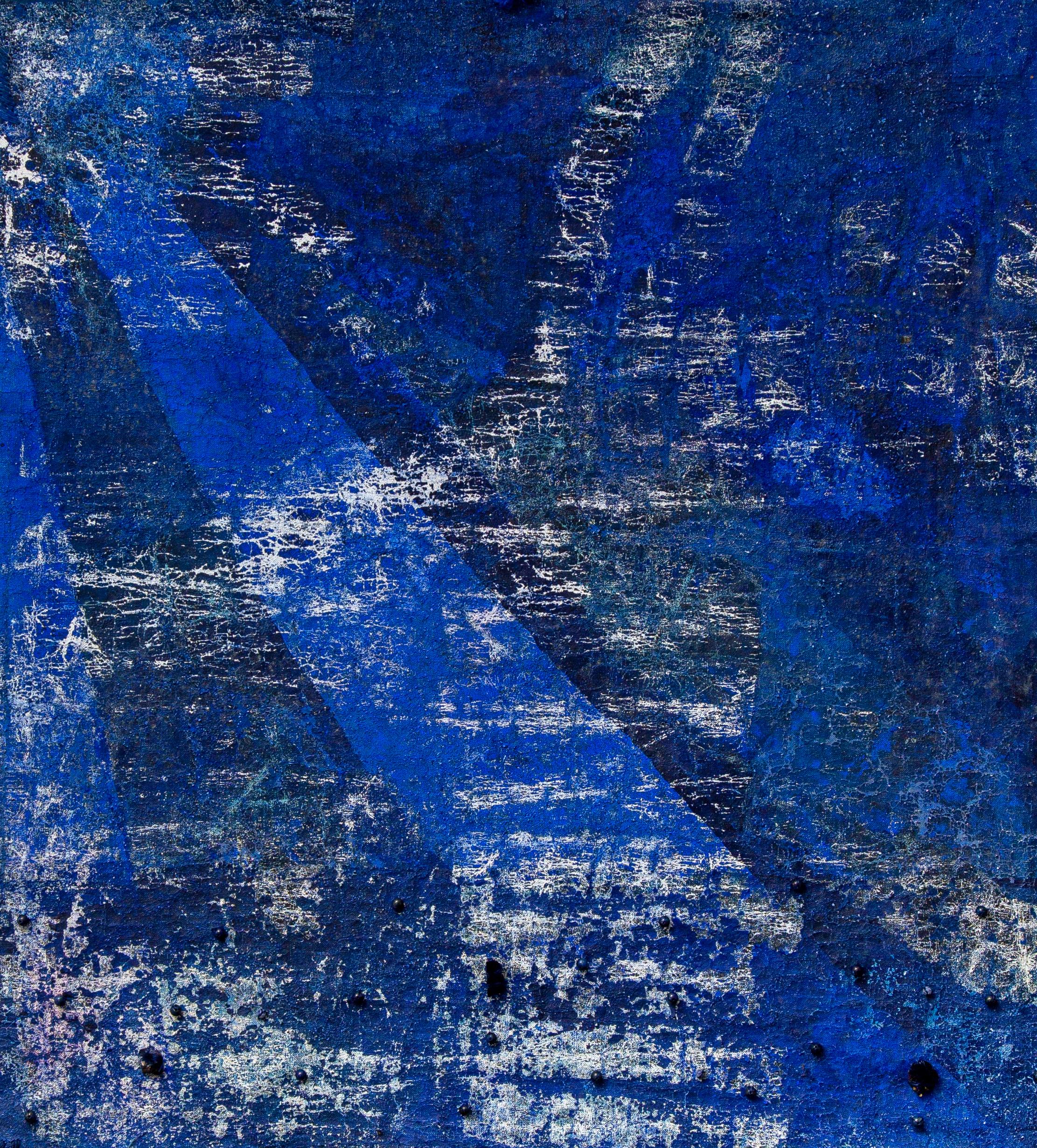 Igi Lola Ayedun, 'ESPELHO', 2019, Lapis lazuli, indigo, argan, wax, silk, corn with azurite and lapis lazuli 39.27 x 34.64 in 82 x 90 cm. Courtesy of HOA Galeria