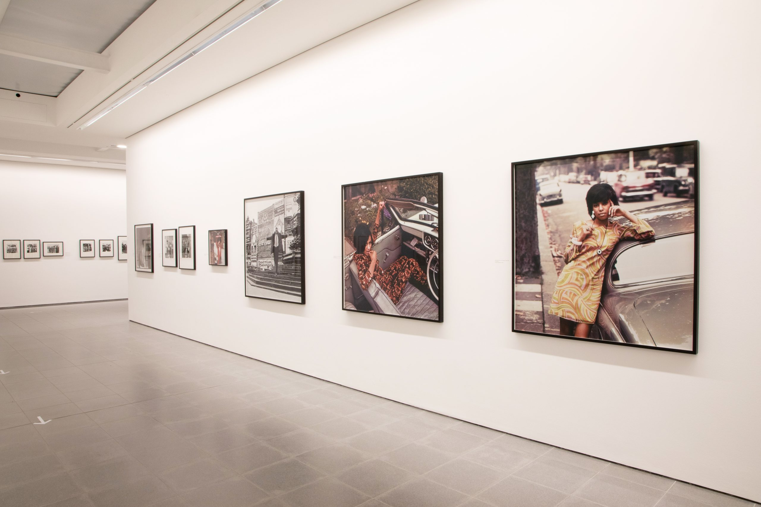 ames Barnor: Accra/London - A Retrospective (Installation view, 19 May – 24 October 2021, Serpentine).